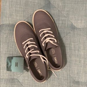 Tom's Carmel Canvas Lace up Sneaker